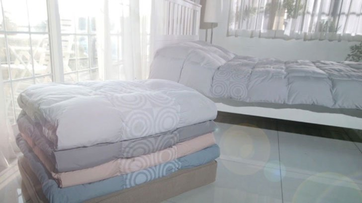 Wireless Smart Heated Comforter