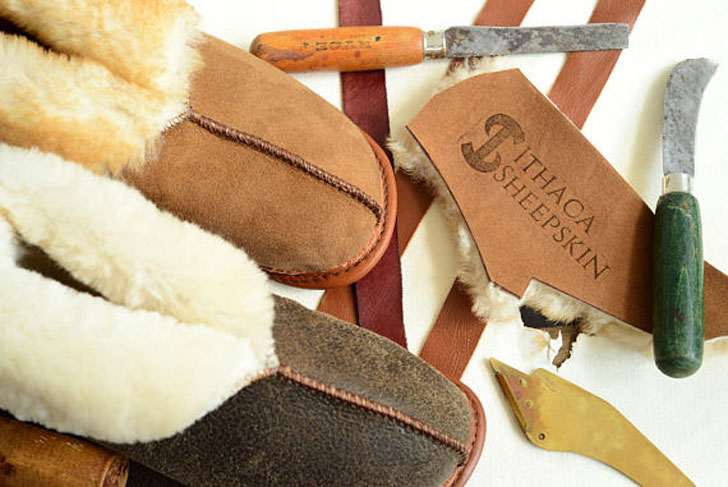 Bithacha Women's Sheepskin Slippers
