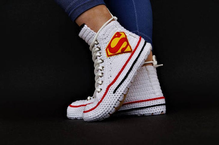Crochet Converse Chuck Taylor Superman Slippers