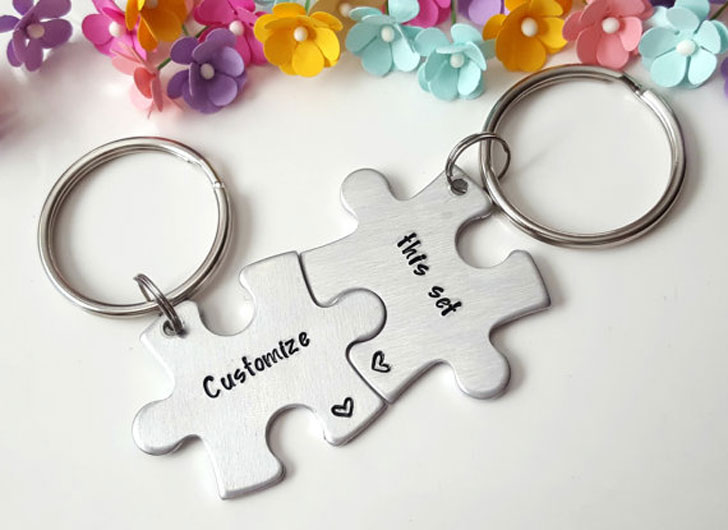Customized Couples Puzzle Keychains