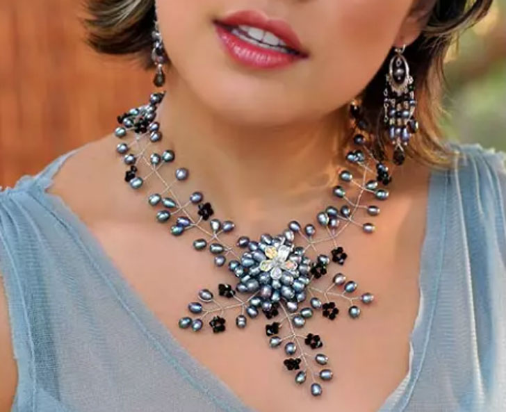 Floral Fantasy Pearl Choker Statement Necklace
