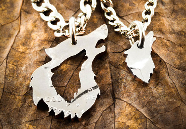 His and Her Wolf Couples Relationship Necklaces