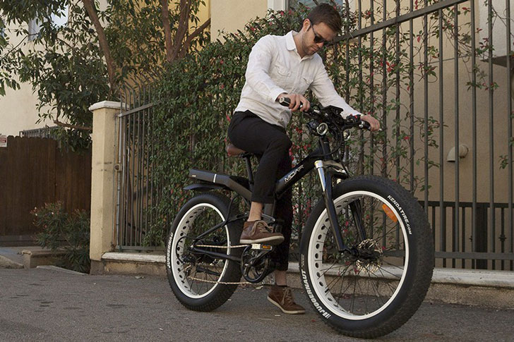 The Fat Tired Folding Frame Moar E-Bike