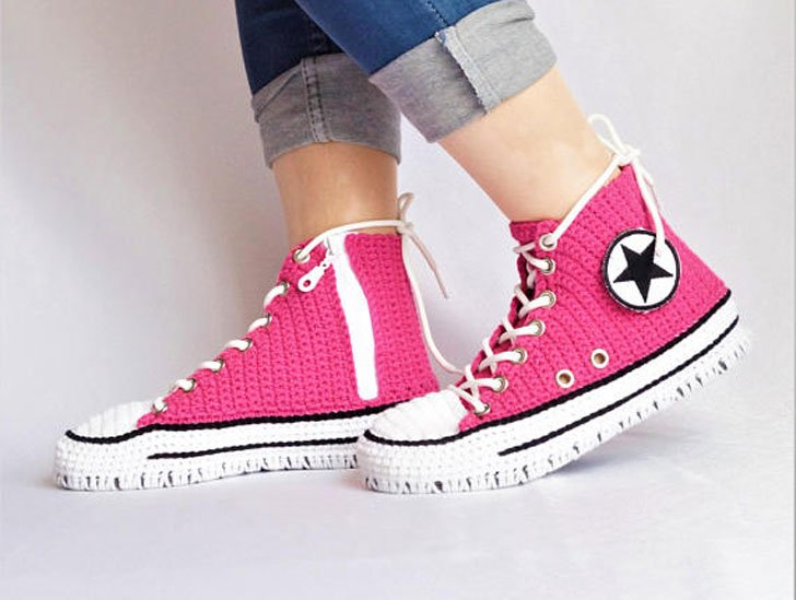 Knitted Crochet Converse Slippers - Awesome Stuff 365