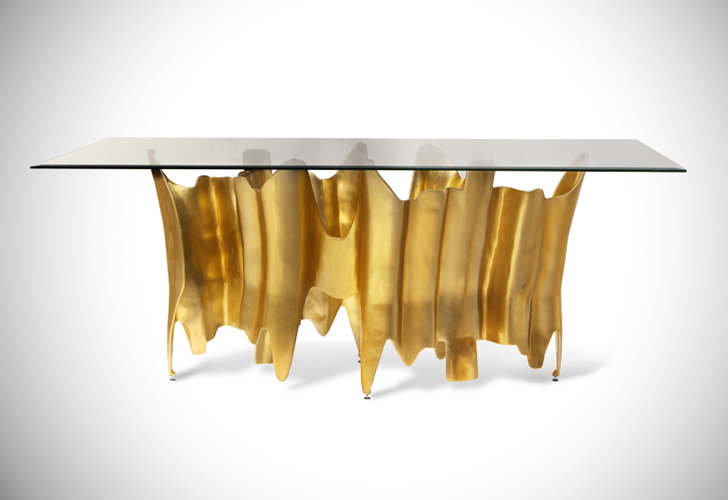 Obssedia Dining Table