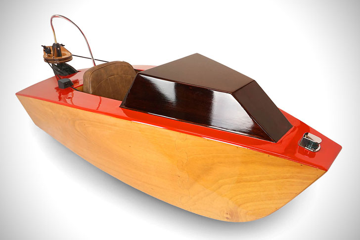 Rapid Whale Mini Boats