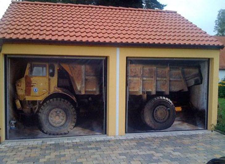 Style-Your-Garage Decals