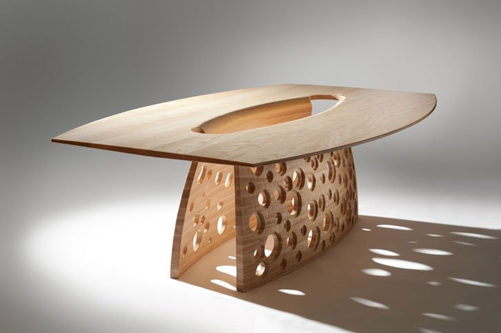 The SALCOMBE Table by John Lee - Unique dining tables
