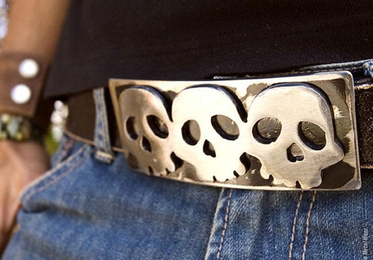 Triple Skull Metal Belt