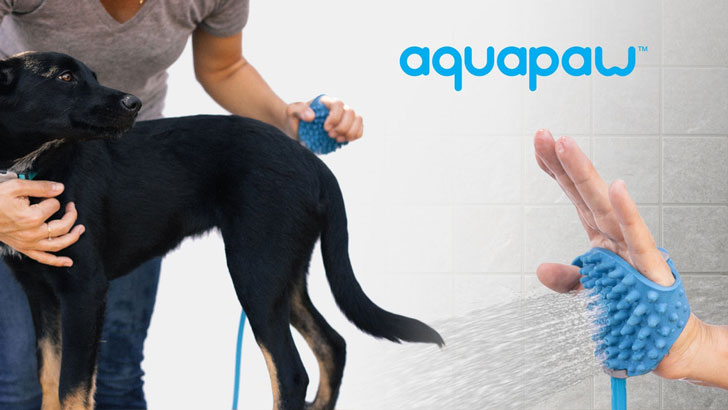 Aquapaw Dog Bathing Gloves