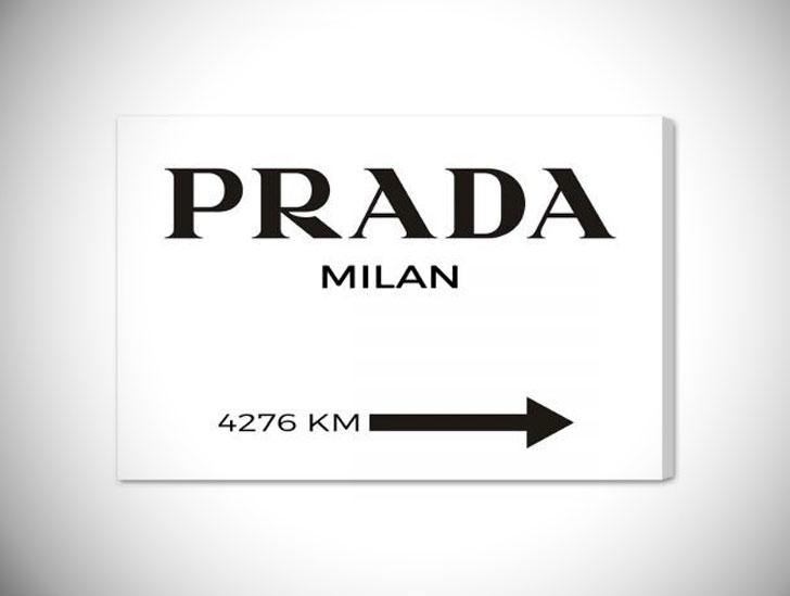 'Milan Minimalist' Textual Art Canvas