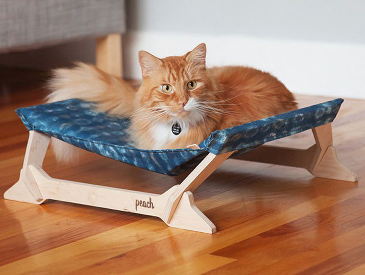 Peach Pet Kitty Lounger - Cat Gifts For Cat Lovers
