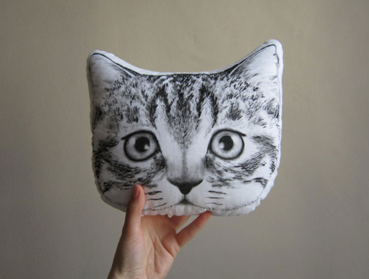Peeking Cat Cushions