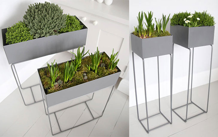 Red Lilly Metal Plant Stands