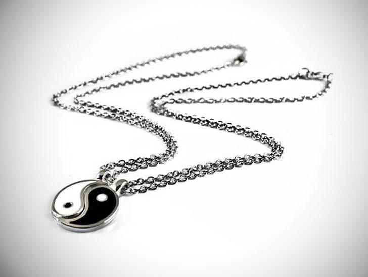 Yin and Yang Necklace Set