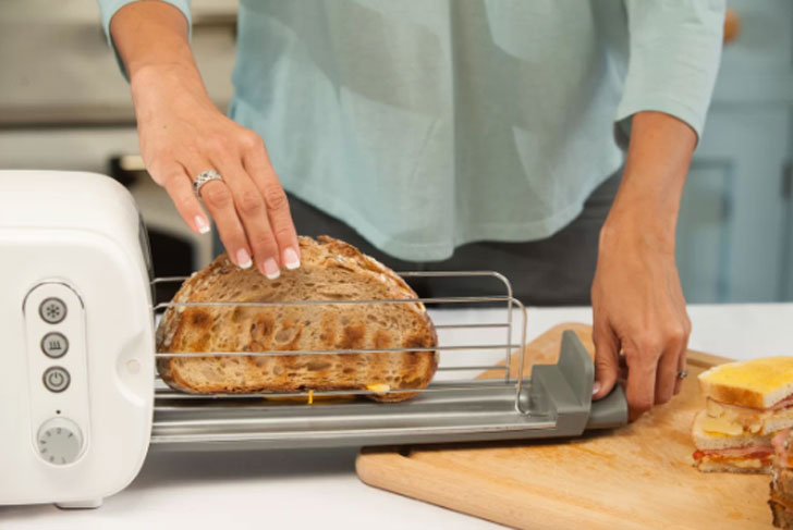 BergHOFF International Seren Toaster