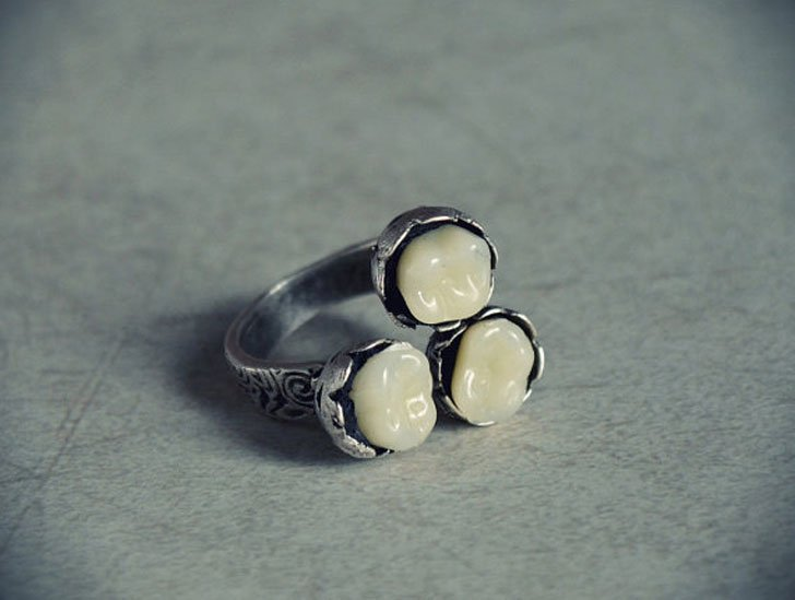 Antiqued Victorian Teeth Rings