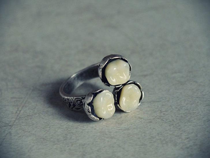 Antiqued Victorian Teeth Rings