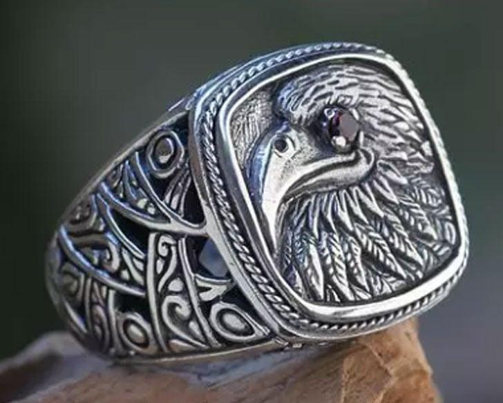 Java Eagle Eagle Handcrafted Sterling Silver Garnet Ring