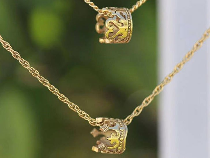 King & Queen Crown Necklace Set