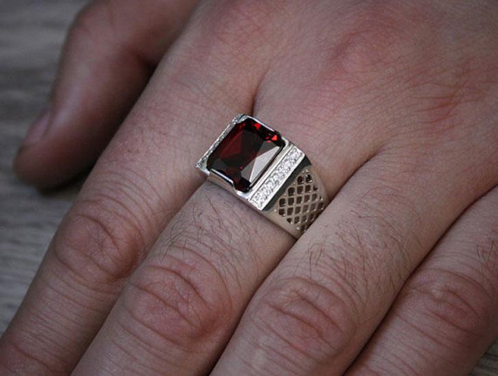 Modern Gold Red Stone Signet Ring - Signet Rings for Men