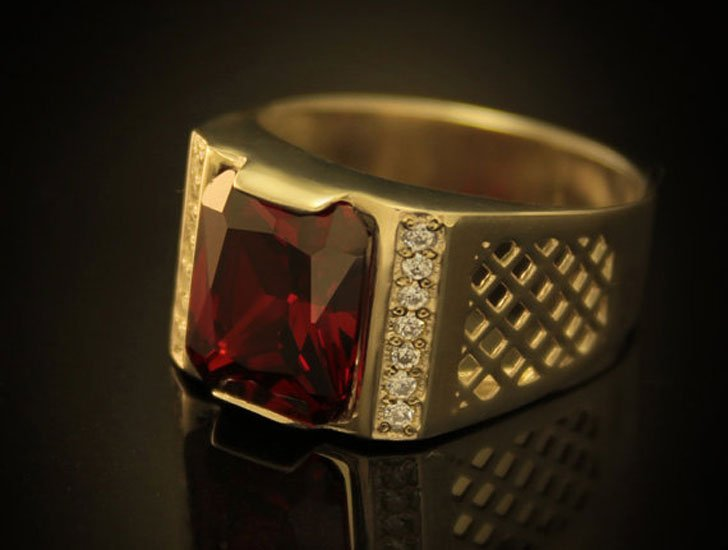 Modern Gold Red Stone Signet Ring - Signet Rings for Men
