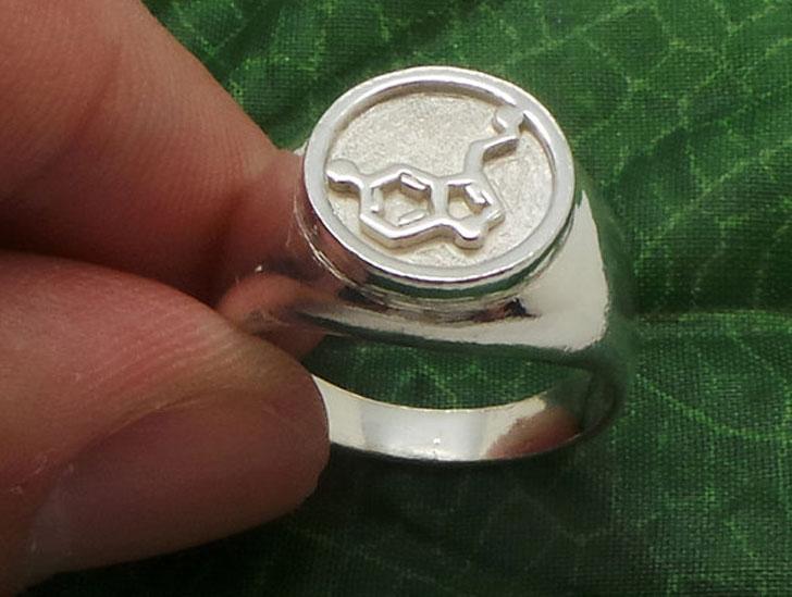 Serotonin Molecule Signet Ring