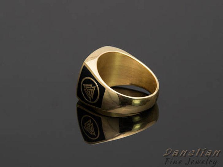 Sovereign Signet Ring
