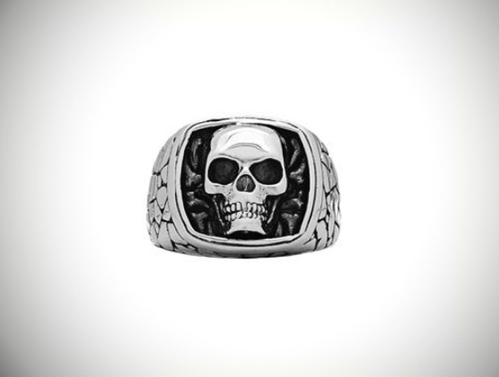 Stone Textured Skull Signet Ring