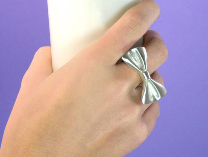 Tweedledum Silver Bow Tie Ring