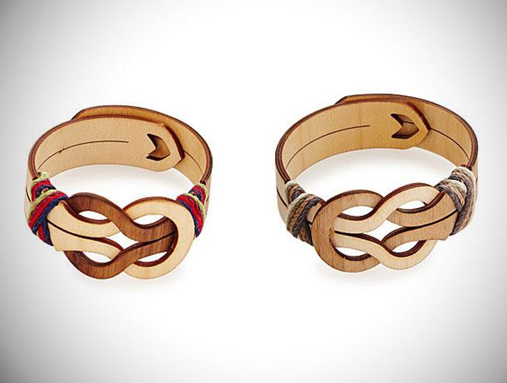 Bonds of Friendship Bracelets