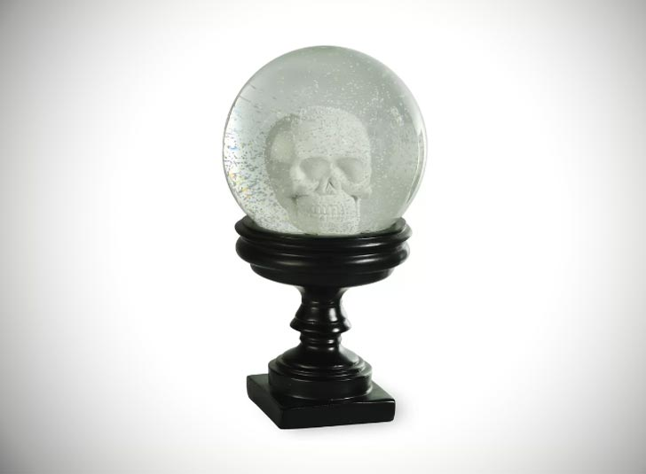 Boston International Skull Snowglobe