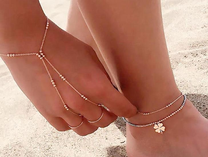 Gold Plain Three Rounds Together Slave Bracelet