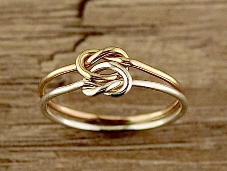 Love Knot Thumb Ring