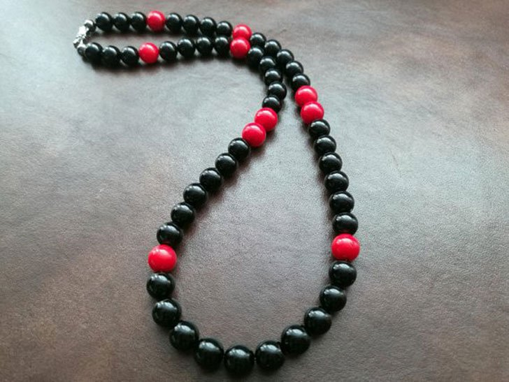 Mens Red & Black Beaded Necklace - Beaded Necklaces For Men