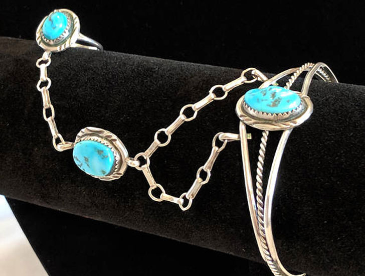 Native America Sterling Silver and Turquoise Slave Style Bracelet