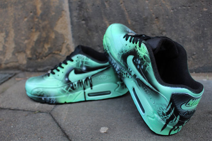 Nike Air Max Graffiti Drip Sneakers