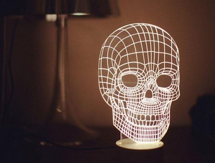 Skull Table Lamp