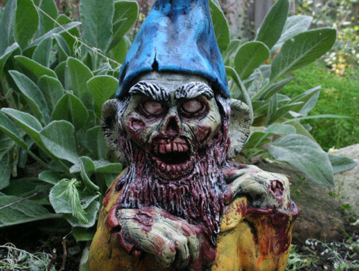 31 Funny Garden Gnomes For A Unique Garden Scene!