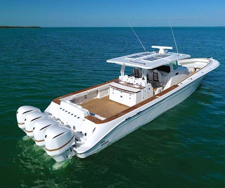 3000+HP Center Console Yacht