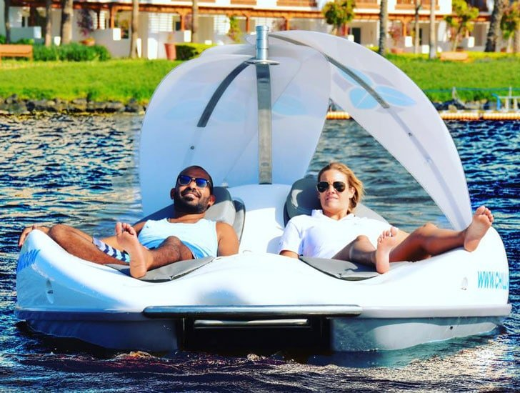 Electric Lounge Chair Boat Awesome Stuff 365