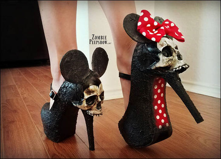 Grotesque Mouse Skull Pumps