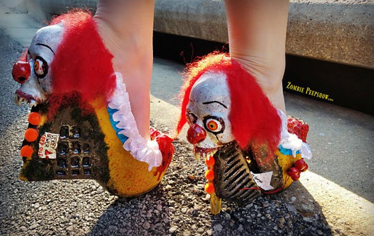 """IT """"Pennywise"""" Bloody Clown Pumps"""