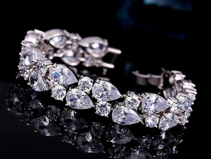 Intricately Crafted Cubic Zirconia Bridal Bracelet