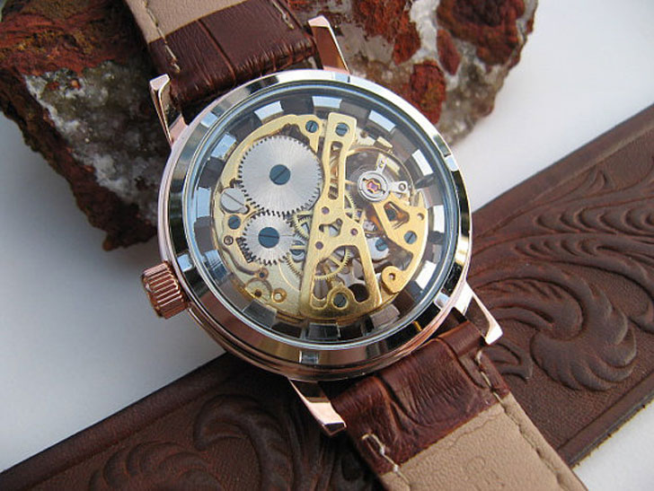 Rose Gold Mechanical Wrist Watch