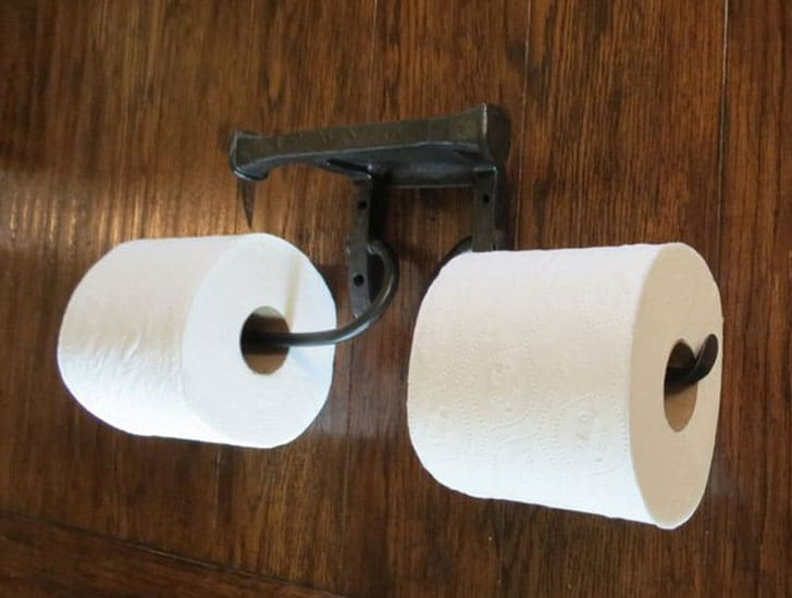 Hand Forged Hammered Double Toilet Paper Holder