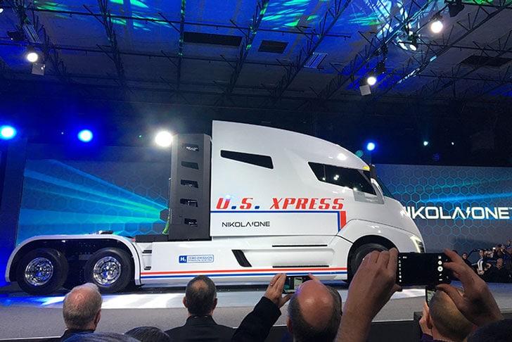 Hydrogen Powered Sleeper Semi-Truck
