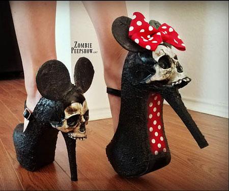 Zombie Peepshow Mouse Skull Pumps
