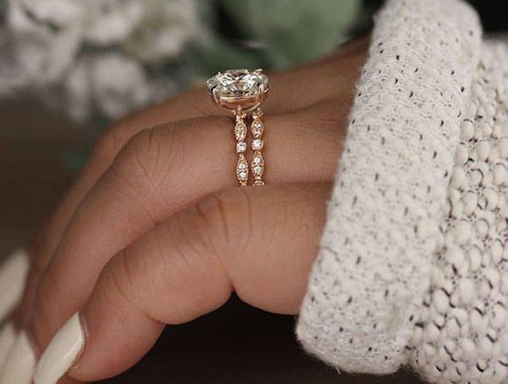 10x8mm Oval Moissanite Rose Gold Engagement Ring