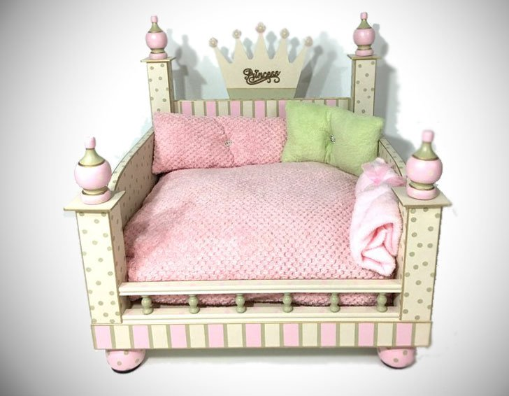 Glitz-&-Glamour-Pet-Bed